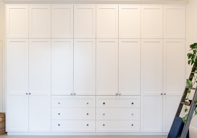 The Boston - A hinged built-in wardrobe for living spaces and bedrooms