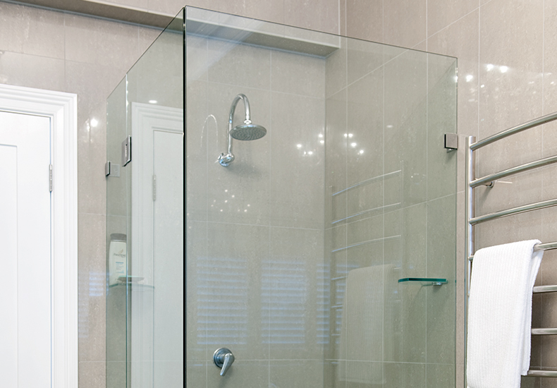 Madison frameless showerscreens